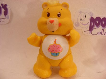 VINTAGE BIRTHDAY CARE BEARS POSEABLE